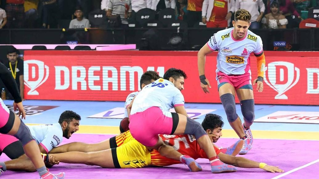 Gujarat Fortunegiants finish winless at home after narrow loss against Jaipur Pink Panthers