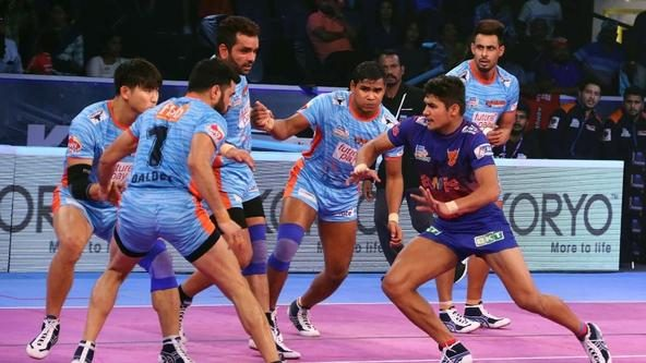 Naveen and Ranjit revel to take Dabang Delhi K.C. to Eliminator 3