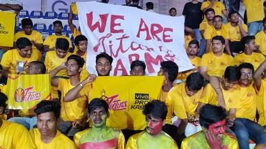 Titans Army show their support for Telugu Titans