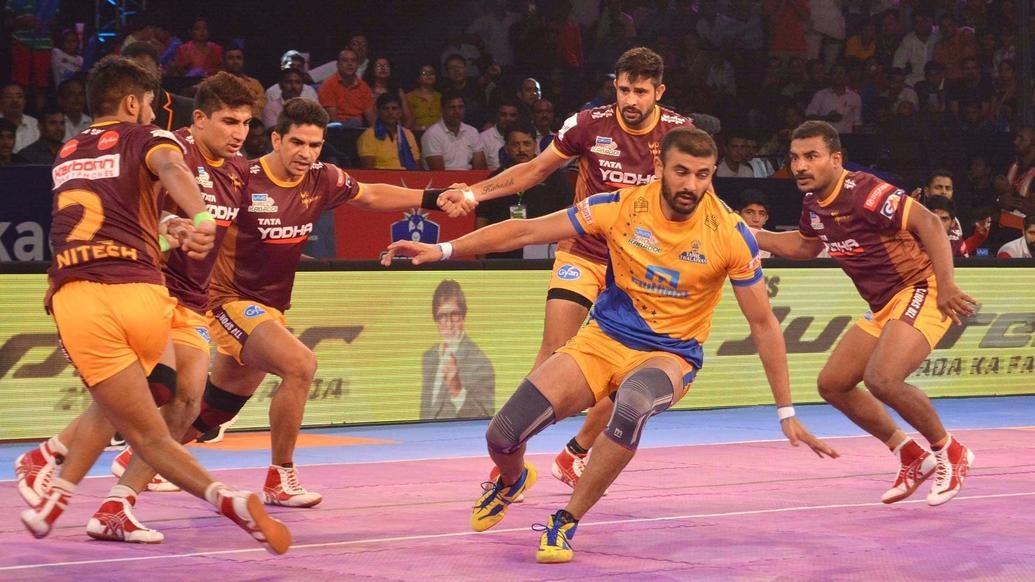 Thakur's late super raid fetches maximum points for Chennai