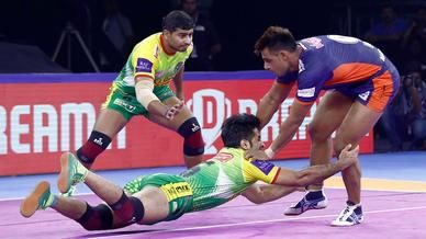 Match 53: Bengal Warriors vs Patna Pirates