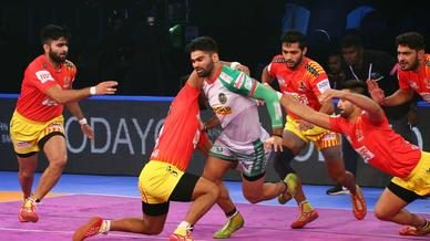 Match 129 - Gujarat Fortunegiants vs Patna Pirates