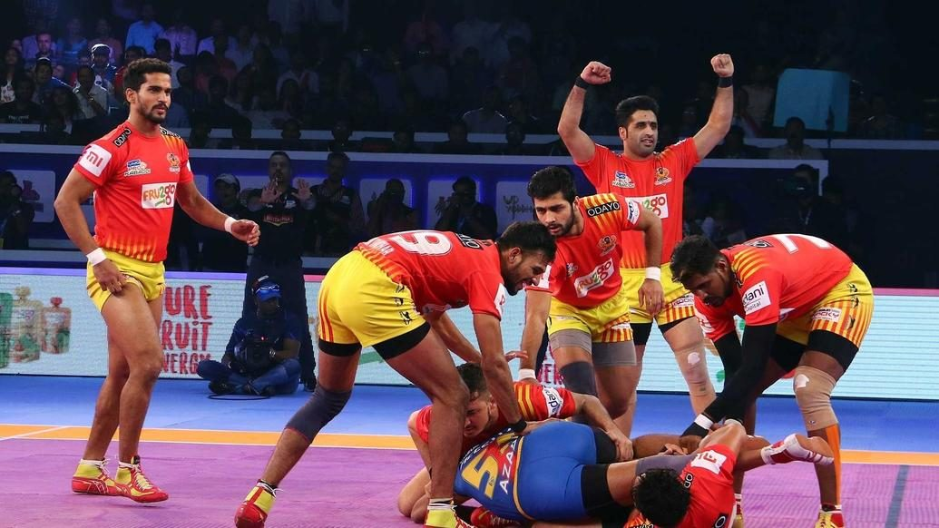 Gujarat Fortunegiants overcome U.P. Yoddha to reach second-straight VIVO Pro Kabaddi final