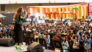 Fan Fest ft. Kanika Kapoor, Amit Trivedi and Darshan Raval