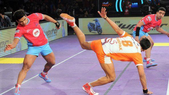 Manjeet Chhillar leads Puneri Paltan to a big win