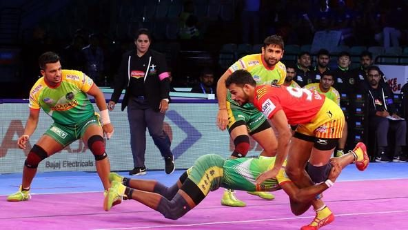 Gujarat Fortunegiants record a resounding win over Patna Pirates