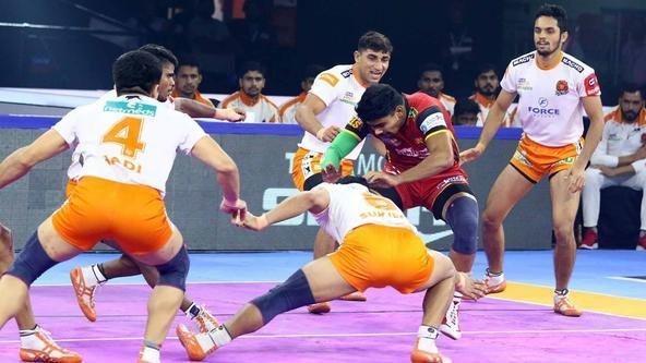 Surjeet Singh's High 5 helps Puneri Paltan beat Bengaluru Bulls