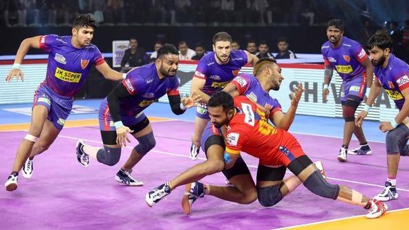 Dabang Delhi K.C. rise to league summit after beating U.P. Yoddha