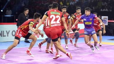 Match 56: Dabang Delhi K.C. vs Bengaluru Bulls