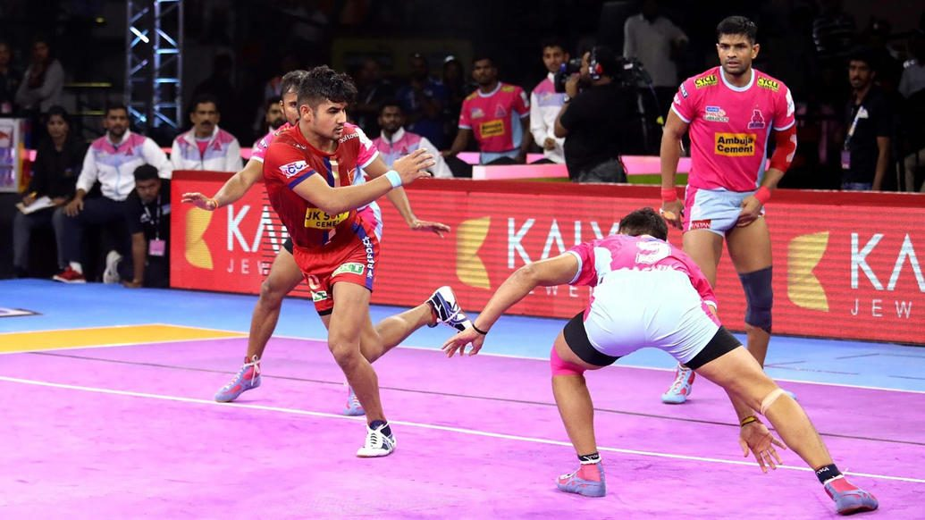 Naveen's late burst gives Dabang Delhi K.C. win over Jaipur Pink Panthers in a thriller