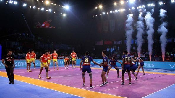Match 73: Gujarat Fortunegiants vs Dabang Delhi K.C.